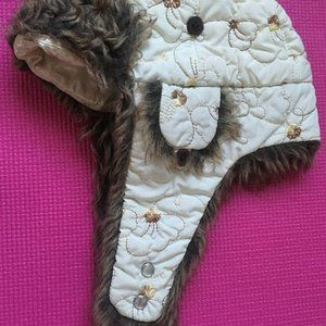 Gorgeous winter hat made by Pistil